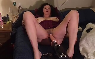 Italian Mom Jerking Her Tight Pussy