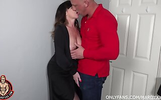 Pal fucks his full-grown aunt and cums inside her shaved hole