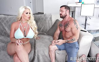Cougar MILF shakes energized inches up her tight holes