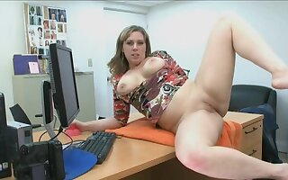 Ex-military MILF does a porn audition more hung guy