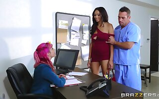 Hospital hard sex with put emphasize ebony female in scenes of intriguing XXX