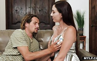 Sexy tall and bosomy brunette Artemisia Love turns guy on to be fucked