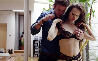 Energized MILF undresses for a really ebullient fuck play