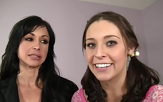 FFM triple with a wife and a teen - Gracie Glam and Jewels Wear out