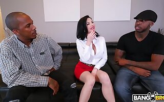 Debased mature Veronica Avluv fucked in all holes by two BBCs