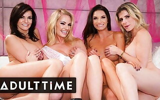 Bachelorette Party Hosts Hammer away HOTTEST Lesbian Foursome Ever!
