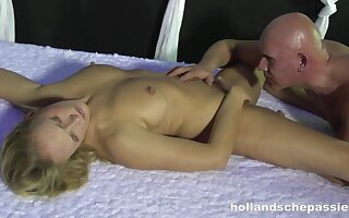 Hollandsche Passie Dutch Amateur Couple Monster Load and Squirt on Camera - Public