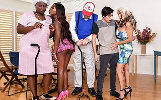 Noemie Bilas & Sally D'Angelo & Ricky Spanish in Bingo Bang - BRAZZERS