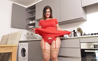 Unsighted and curvy Montse Swinger teases her pussy approximately the kitchen